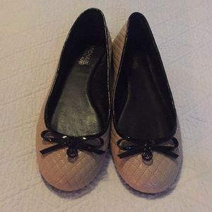 Michael Kors Tan/Black Quilted Flats 8.5